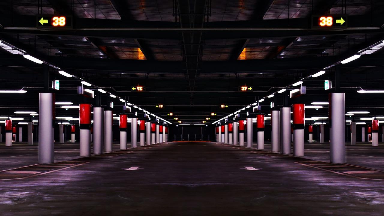 parking-garage-984253_1280